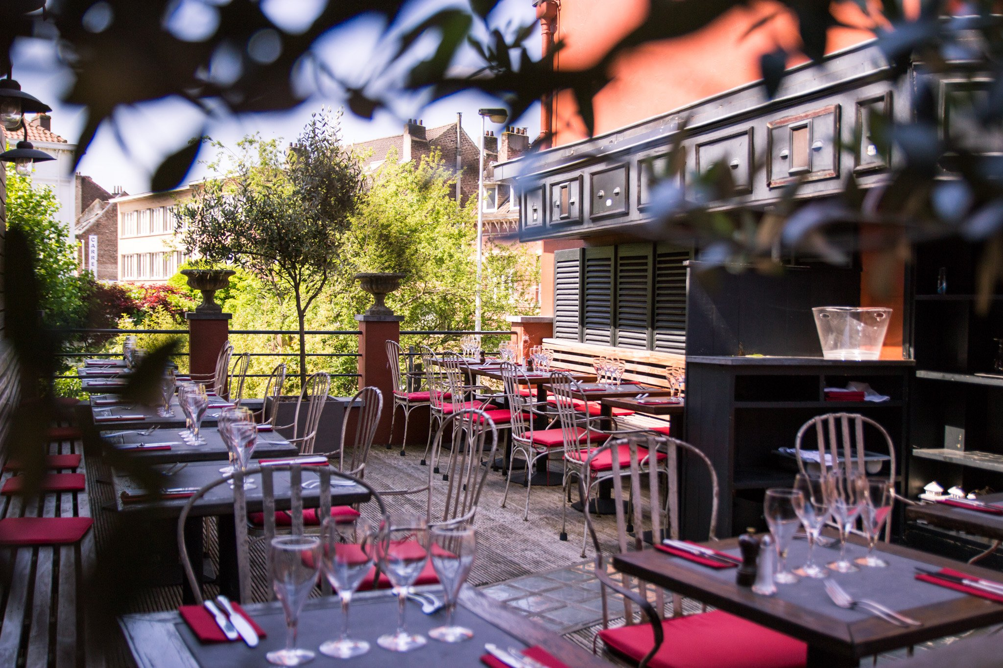 10 terrasses cach es bruxelles o aller manger en for Hotel romantique belgique